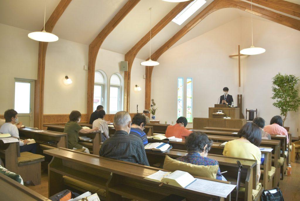 コロナ対策礼拝の様子
